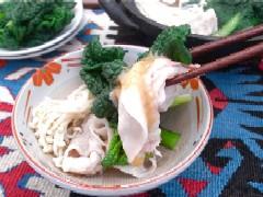 ちぢみ雪菜と豚肉のしゃぶしゃぶ鍋 写真.JPG
