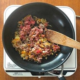 ナスのムサカ-4牛肉炒め.jpg