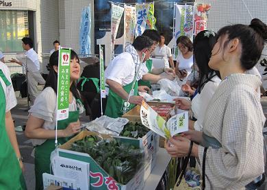 夏野菜・果実キックオフ文化放送2.jpg