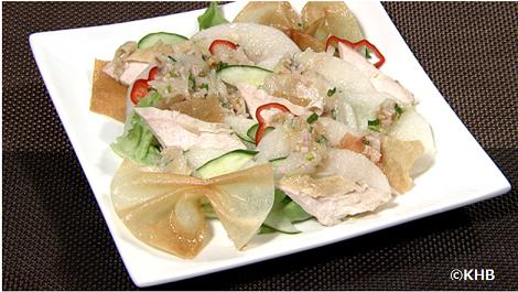 豊水梨と蒸し鶏のサラダ.PNG