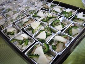 野菜の日(被災地支援) 試食.jpg