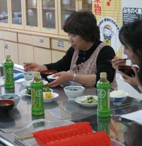 野菜料理教室試食.jpg