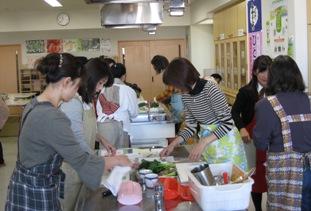 野菜料理教室調理様子.jpg